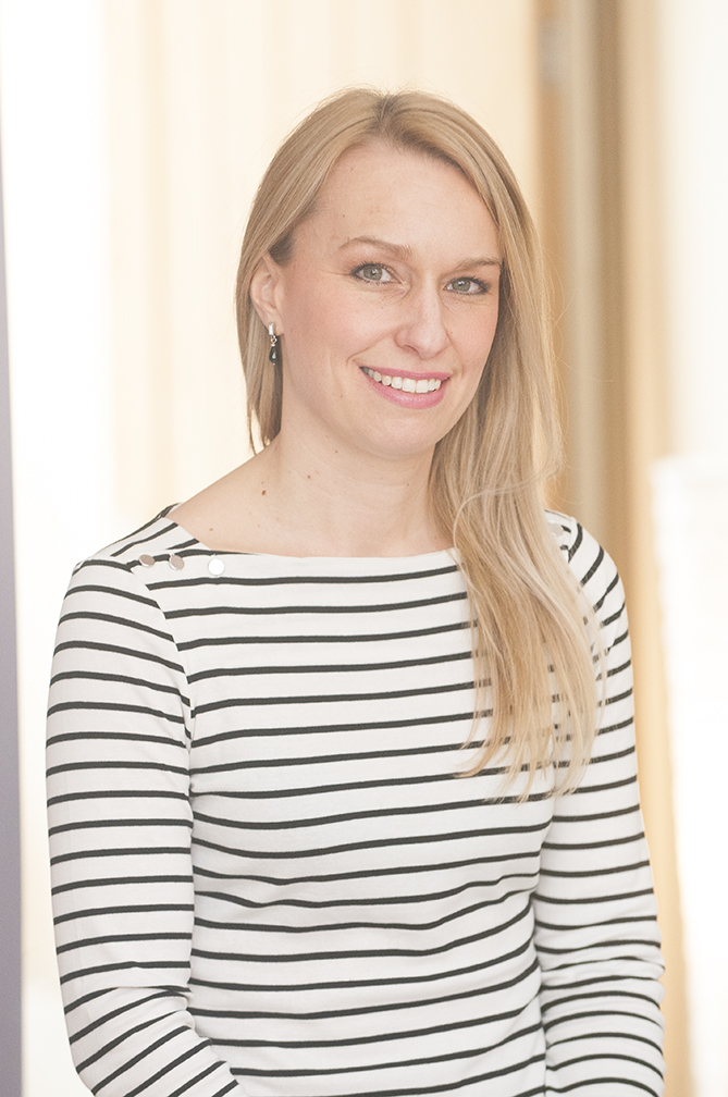 Claire Hawes | osteopath expert